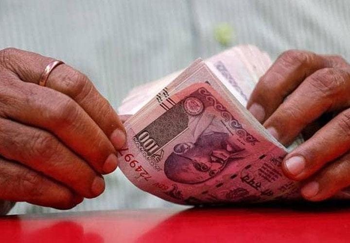 പിഎം കിസാന് പെന്ഷന് സ്കീമിന് കര്ഷകര് 100 രൂപ പ്രതിമാസം അടയ്ക്കണം
