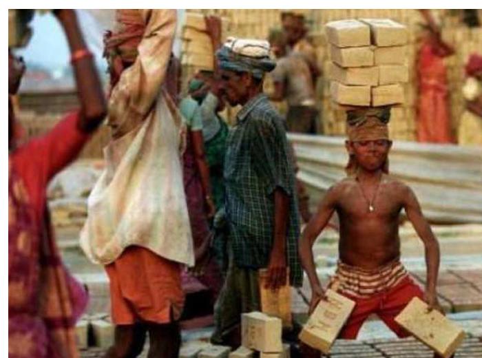 അസംഘടിത തൊഴിലാളികളുടെ പെന്ഷന് ഫിബ്രുവരി 15 മുതല് അപേക്ഷിക്കാം; പ്രതിമാസം 3000 രൂപ വരെ ലഭിക്കും